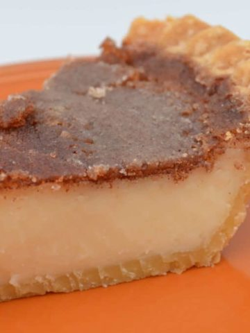 Cinnamon Sugar Cream Pie