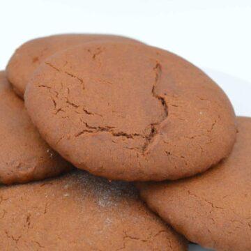 Helen's Molasses Cookies