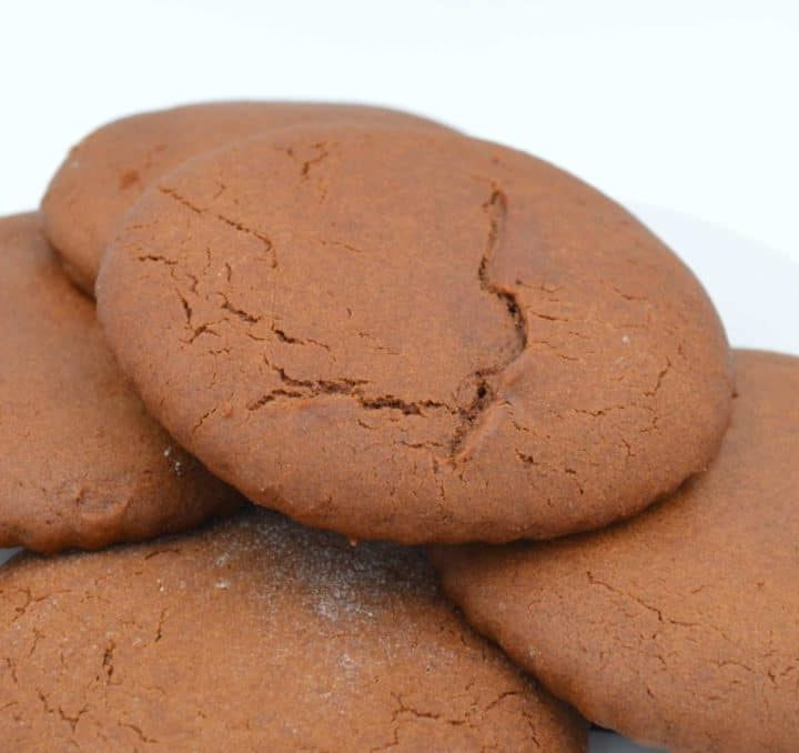Helen's Molasses Cookies