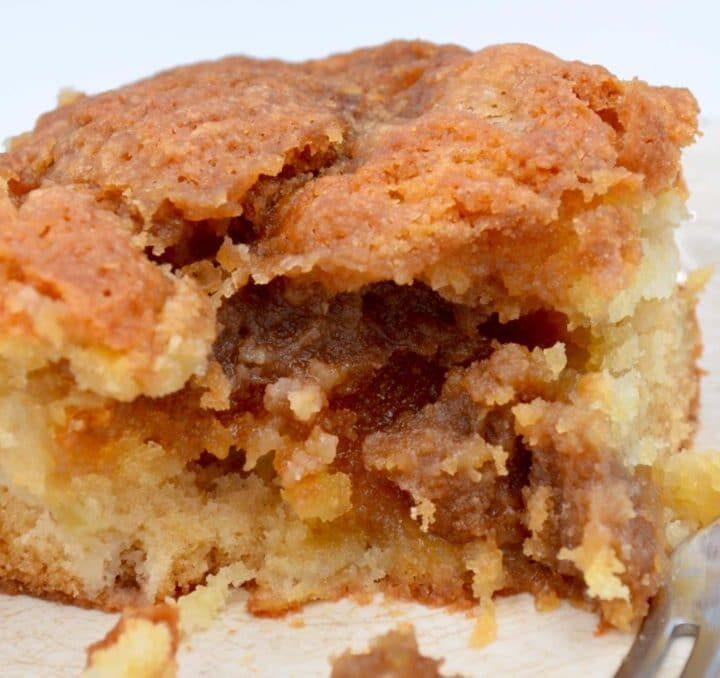 English Apple Coffee Cake
