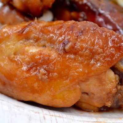 Slow Cooker Honey Garlic Glazed Wings