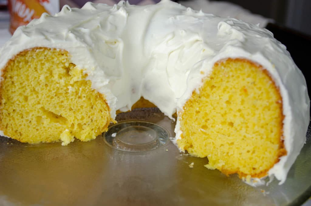 Lemon Wow Bundt Cake