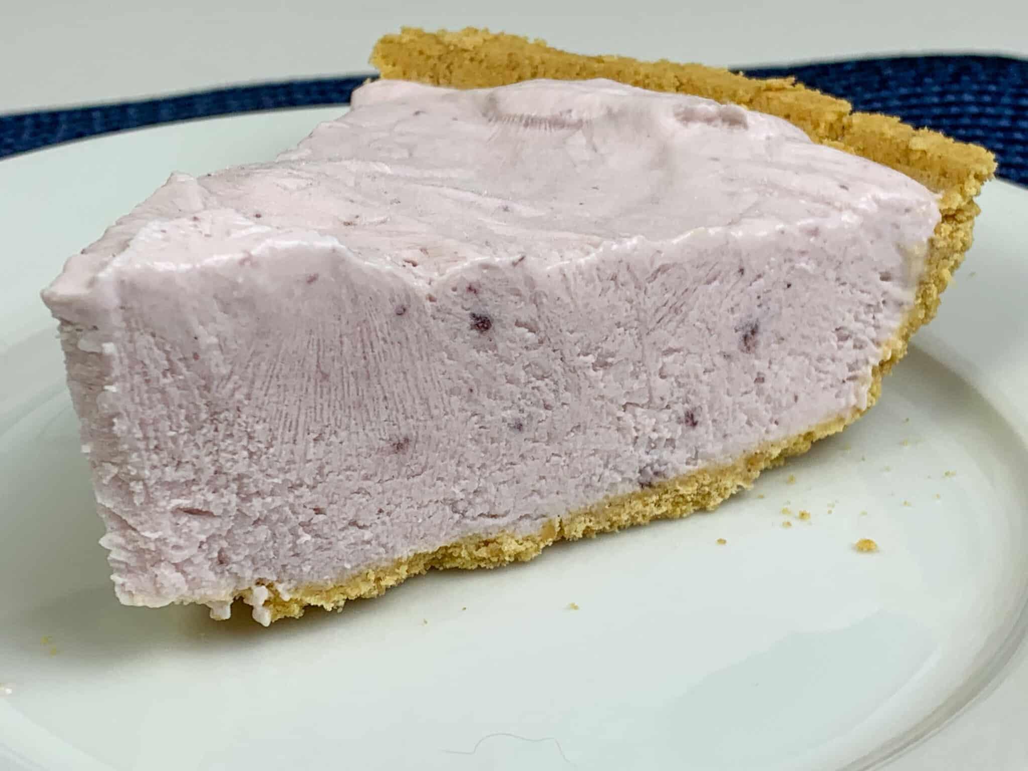 Frozen Blueberry Yogurt Pie