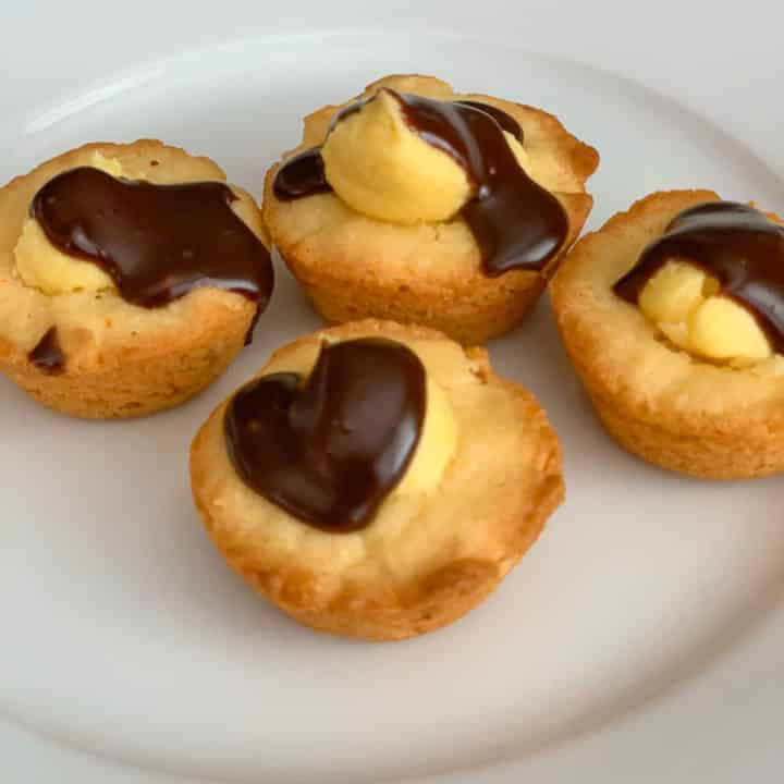 Boston Cream Pie Cookie Bites