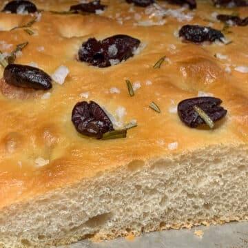 Focaccia Kalamata Olives