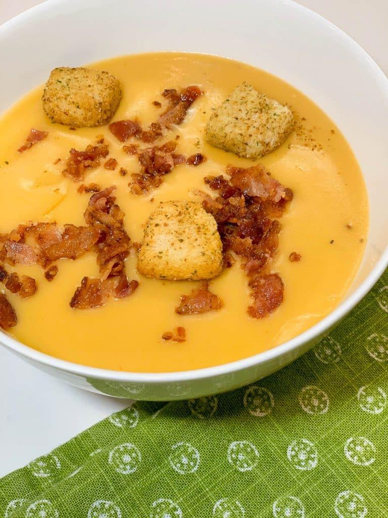 beer cheese velvet soup