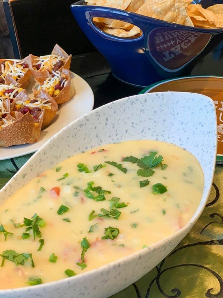 copycat applebee's queso blanco