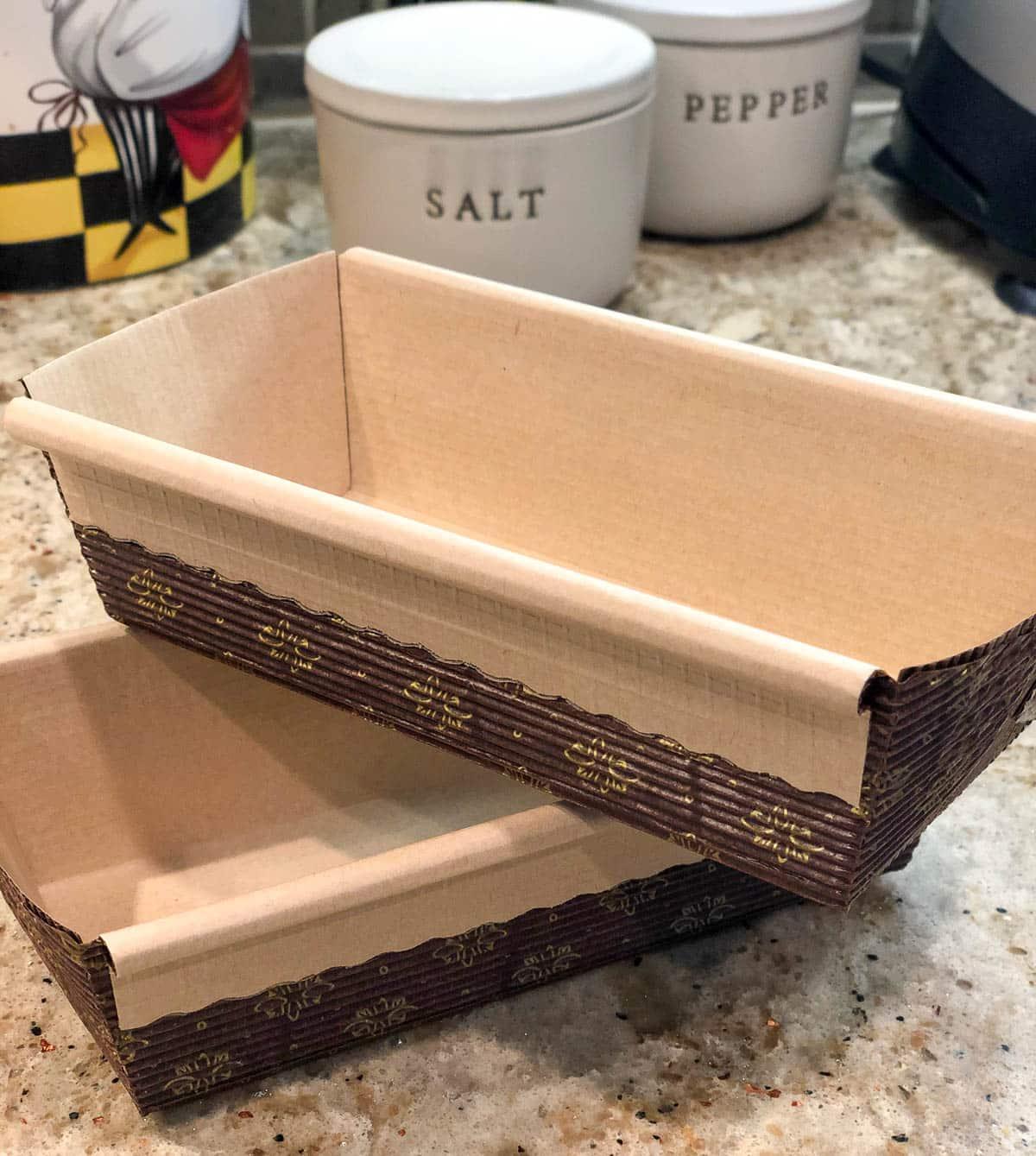 disposable mini loaf pans