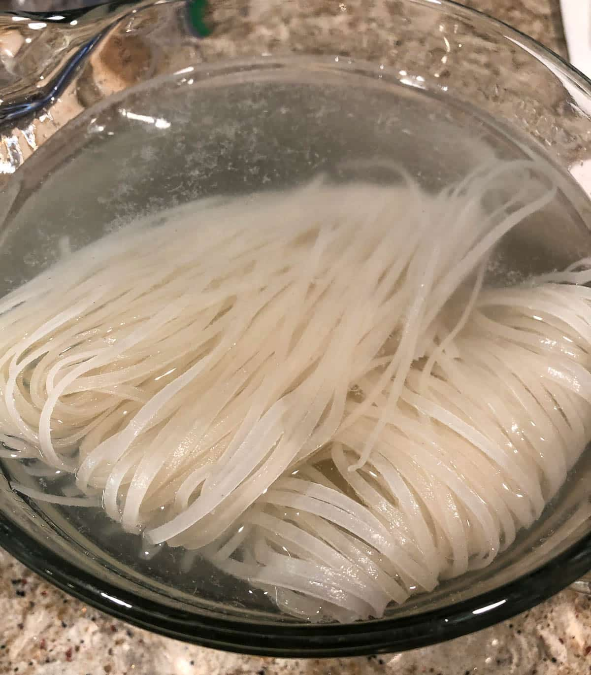 rice noodles in hot water