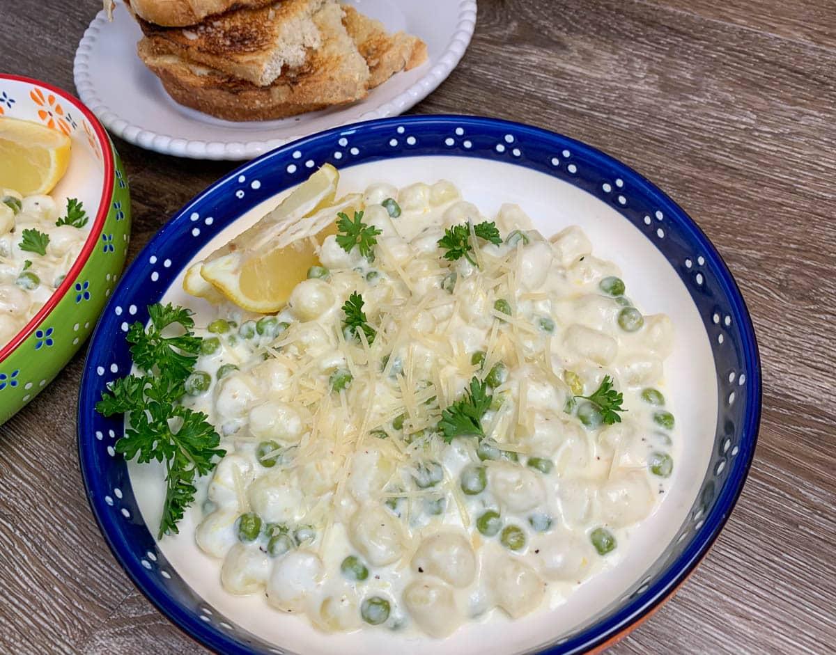 gnocchi with peas and lemon cream sauce