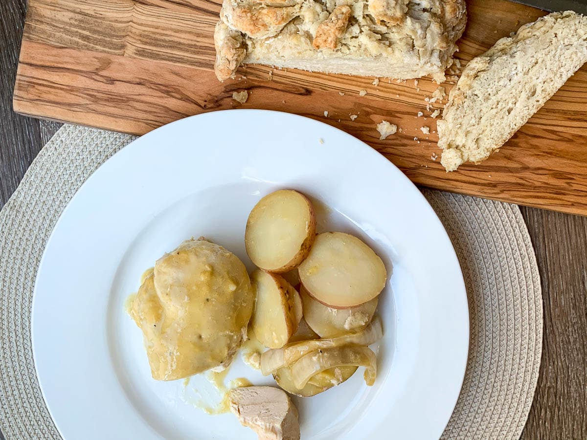 chicken potatoes and bread