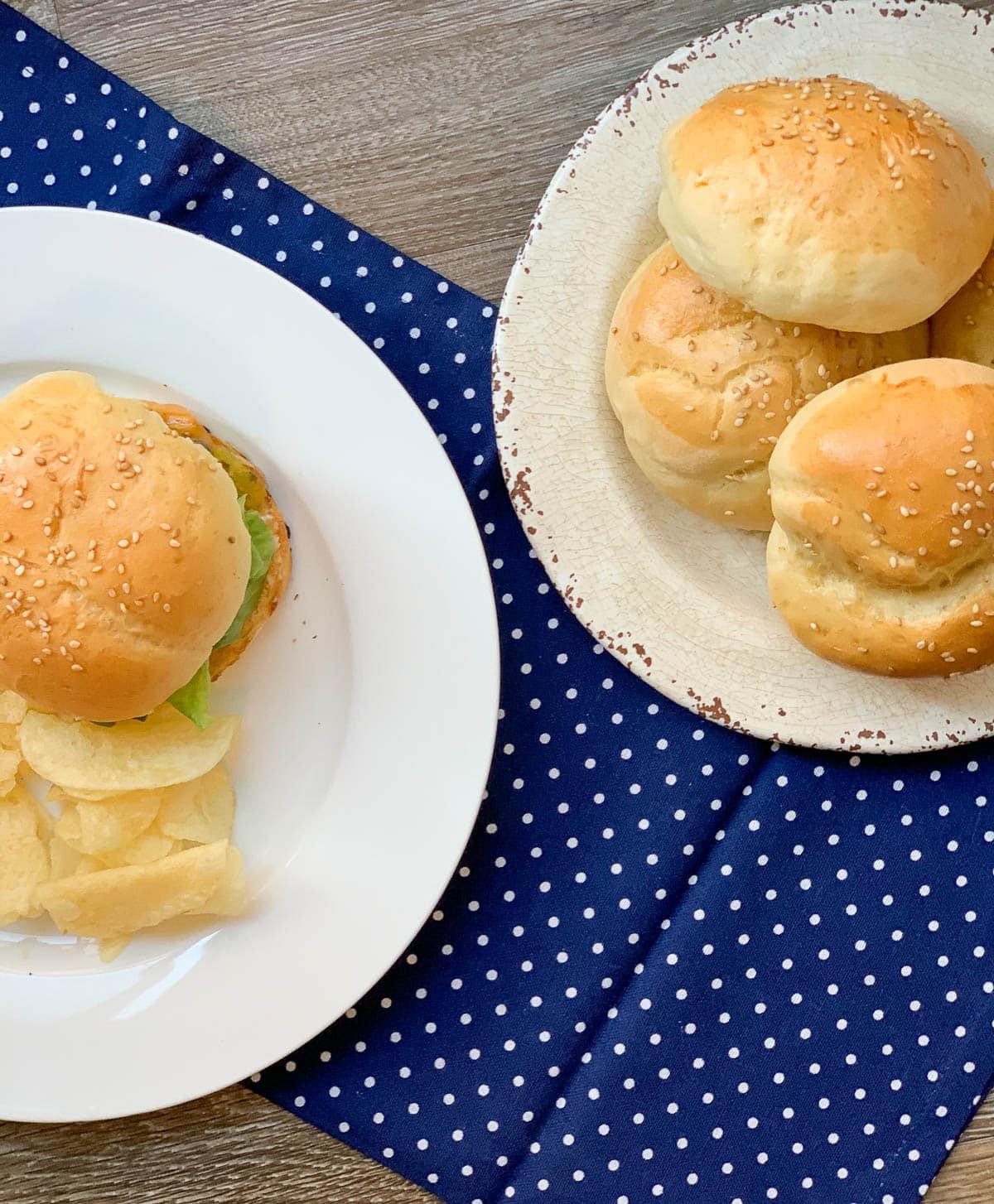 homemade sesame hamburger buns