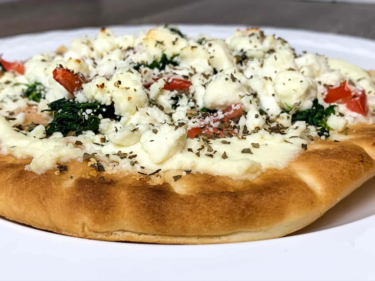 mini greek pizza