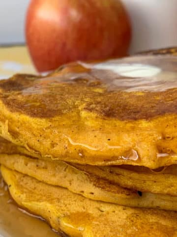 pumpkin apple pancakes