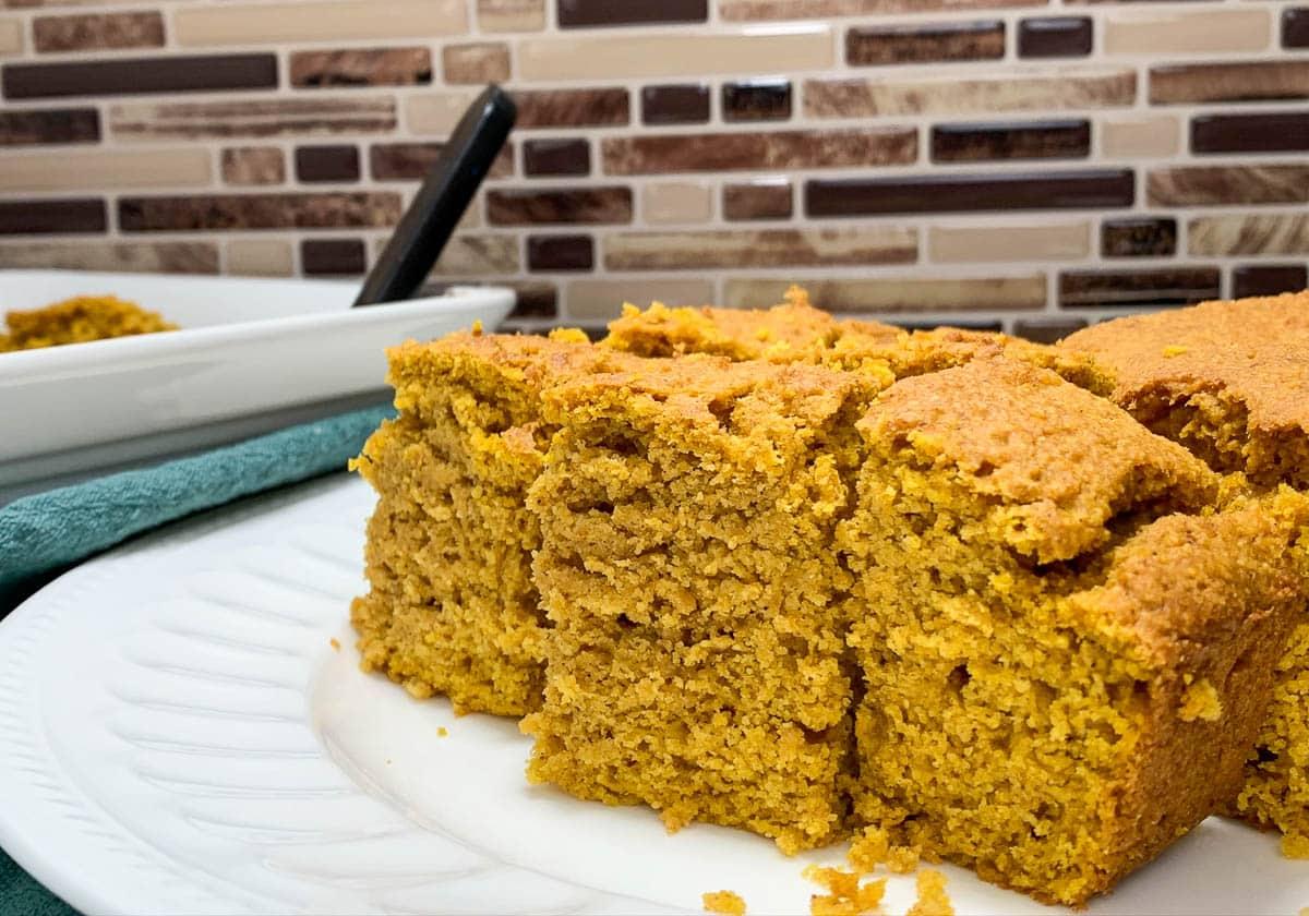 cut pumpkin cornbread