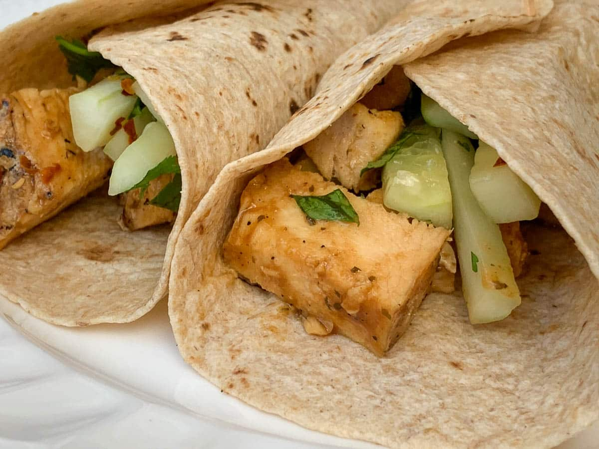 simple thai chicken wraps