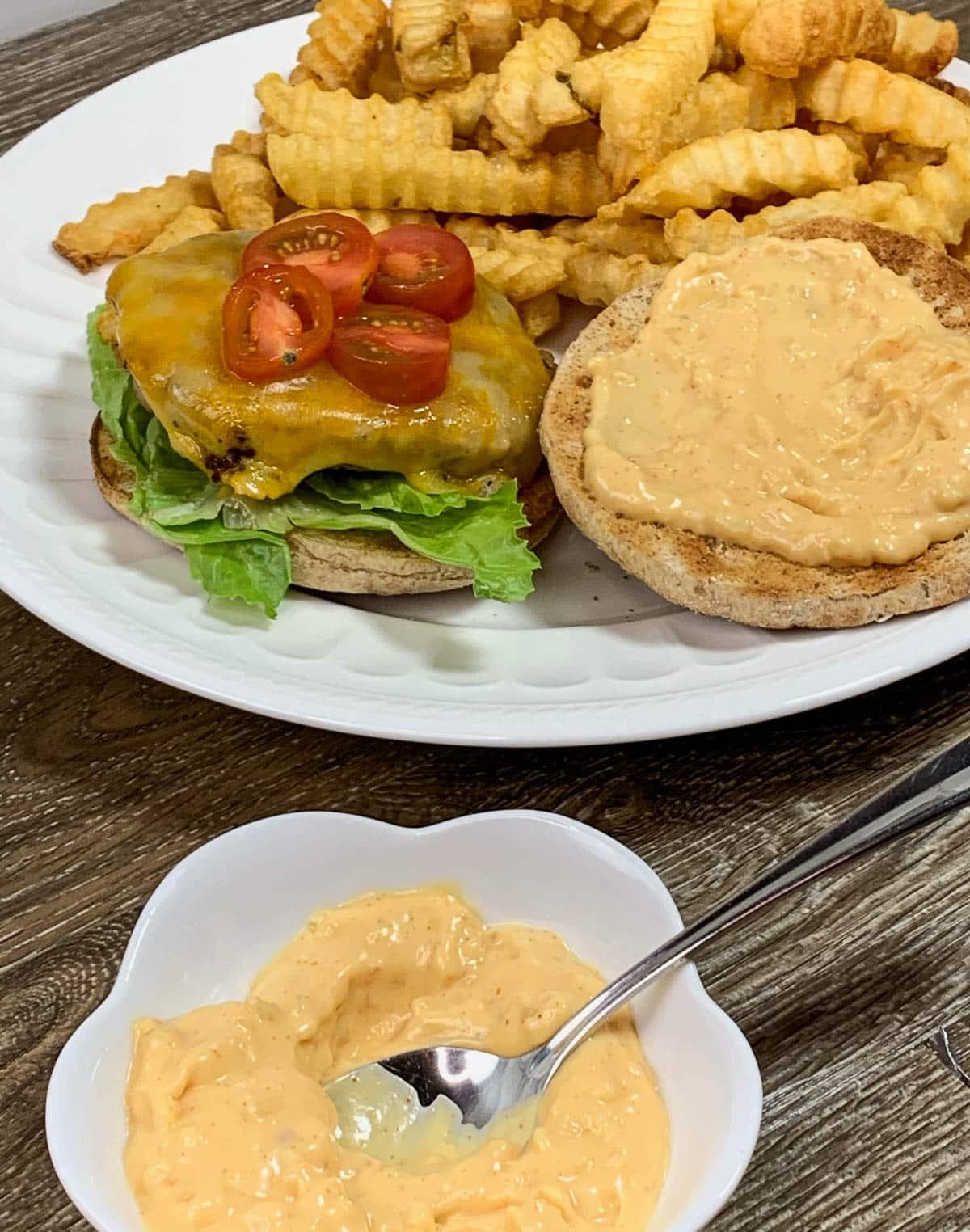 delicious burger sauce