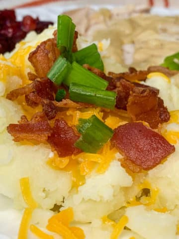 instant pot bacon and cheese mashed potatoes